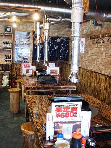 s-地鶏食堂店内DSCF8671