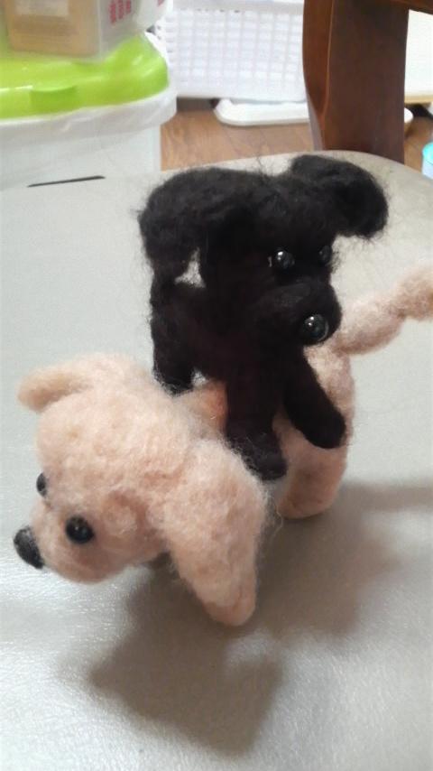 こげ人形がもき人形にマウント寸前