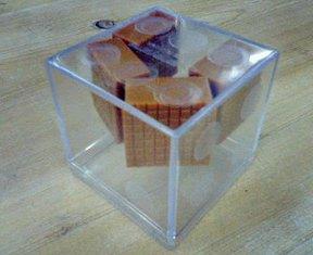 明治サイコロキャラメルパズル4個詰め