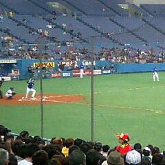 左:横浜・種田選手