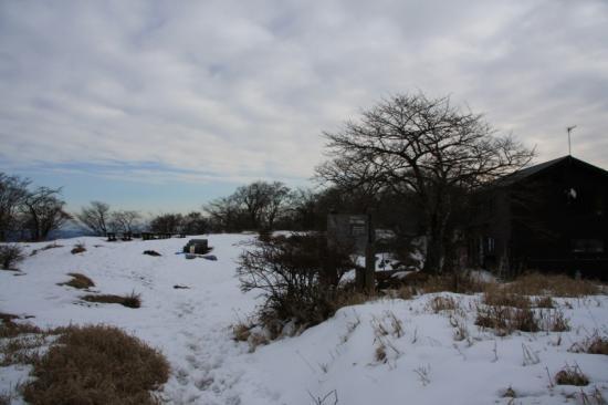 ここは まだ雪が残ってました