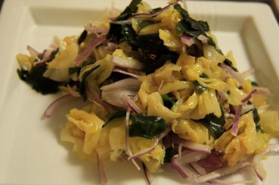 キャベツとワカメのナムル風サラダ
