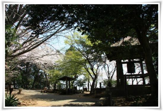 弘法山山頂