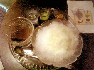 マンヂウカフェ麦丸2 抹茶ミルクあずき氷