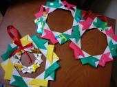 折り紙クリスマスリース