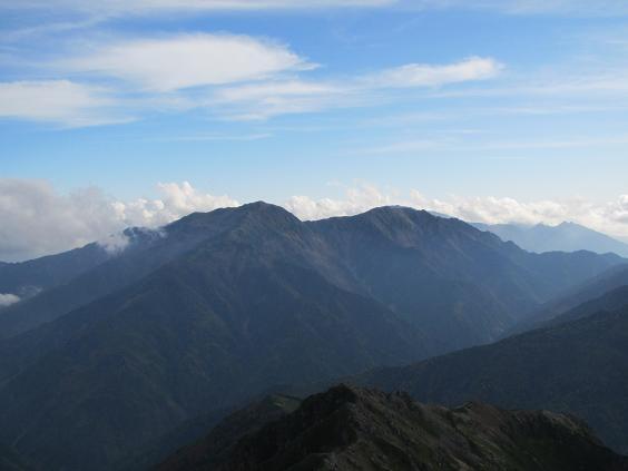塩見岳東峰からの荒川三山