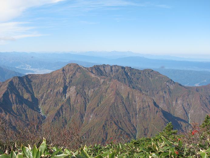 八海山を見渡す