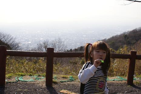 生駒山上にて
