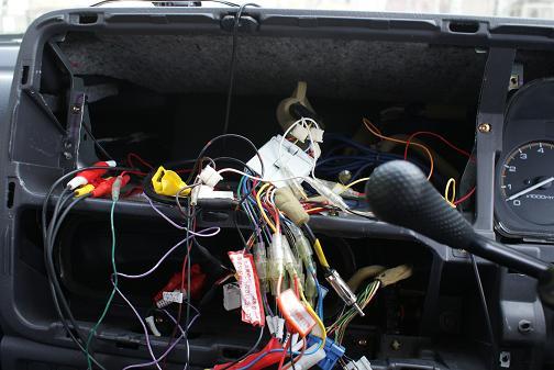 車載器取り付け