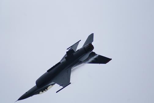戦闘機13