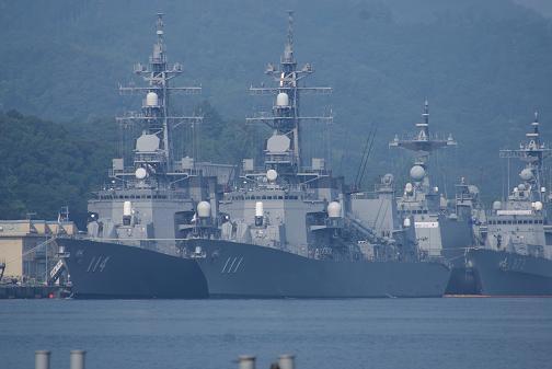 海上自衛隊と韓国海軍