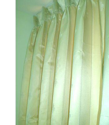 curtain-a_20090817155226.jpg