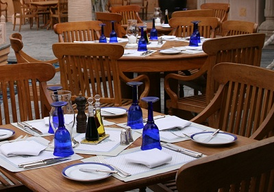 rajvilas-tablesetting.jpg