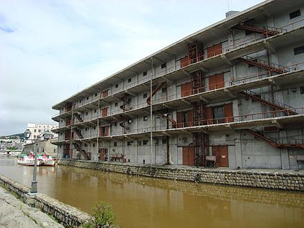 運河の廃墟
