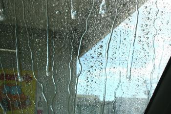 洗車機の中でした☆~(ゝ。∂)