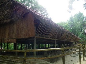 longhouse1