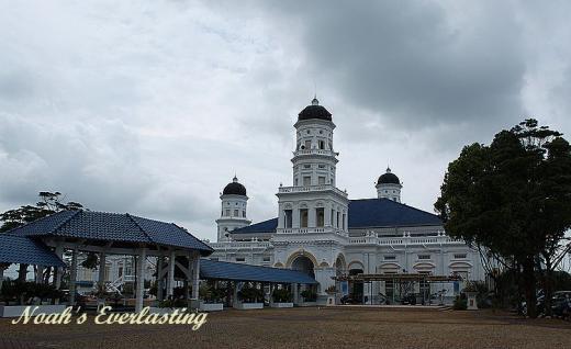 abu_bakar_mosque_1.jpg