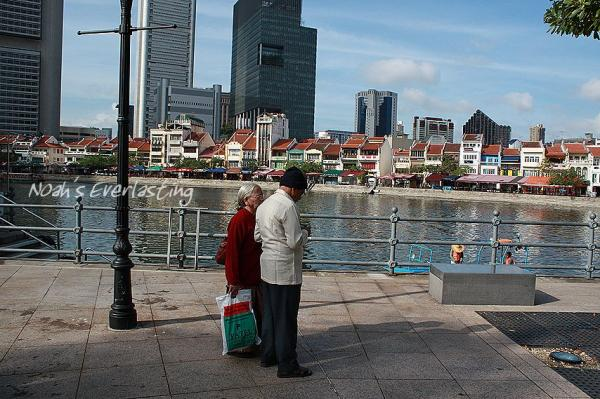 singa_around_city_hall_36.jpg