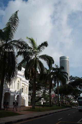 singa_around_city_hall_45.jpg
