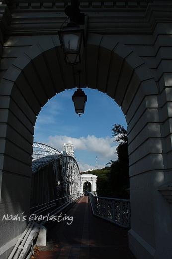 singa_around_city_hall_48.jpg