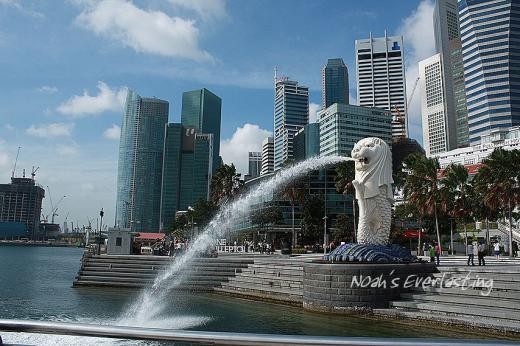 singa_around_city_hall_59.jpg