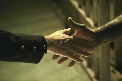奇跡の握手