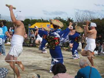 アヤ踊り2