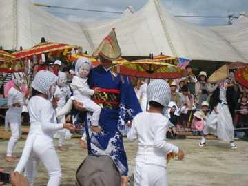 キツネ踊り4
