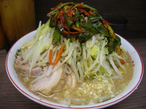 ラーメン二郎 横浜関内店 汁なし ニラキムチ にんにく 野菜マシマシ ニンニクマシマシ