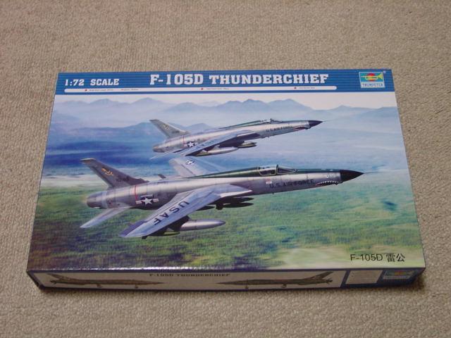 72 F-105D サンダーチーフ