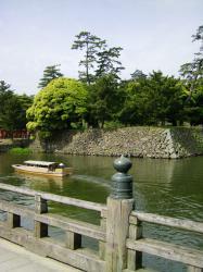 松江城と堀川