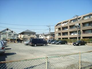 榎本駐車場