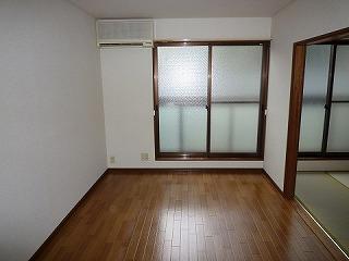 フラッツ善福寺104洋室