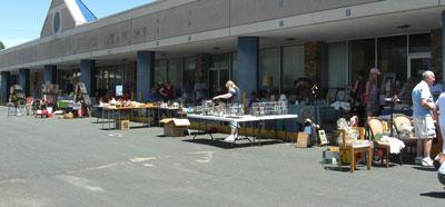 junkmarket1.jpg
