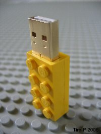 lego_flash_drive_-_01.jpg