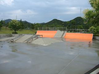 ウチノ海スケートパーク 08-6-29 雨1