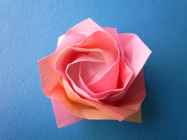 バラ 折り紙 バラ 折り紙 折り方 : divulgando.net