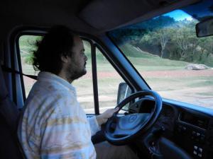 C.Aguirre conduce