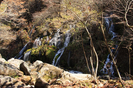 0911吐竜の滝4