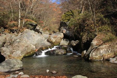 0911吐竜の滝5