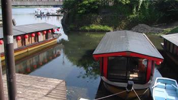 江津湖屋形船