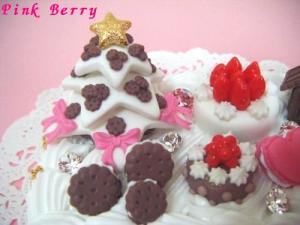 """""""おかしの国のクリスマス"""" なDS lightケースのスイーツデコ ツリー&ケーキ"""