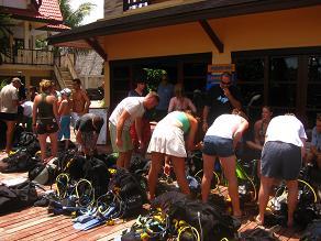 タイ・タオ島・ダイビング・アジアダイバーズ・講習