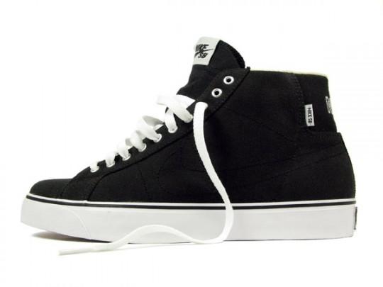 HUF-x-Nike-SB-Canvas-Blazer-Mid-Apparel-02-540x405.jpg