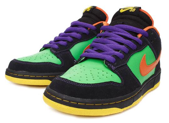 Nike-SB-October-2009-Releases-Blazer-Hi-Premium-Dunk-Low-Premium-05.jpg