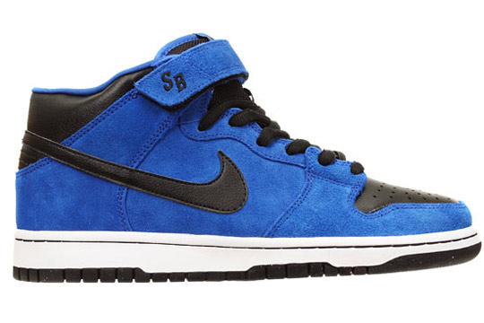 Nike-SB-October-2009-Releases-Dunk-Mid-Classic-SB-P-Rod-3-00.jpg