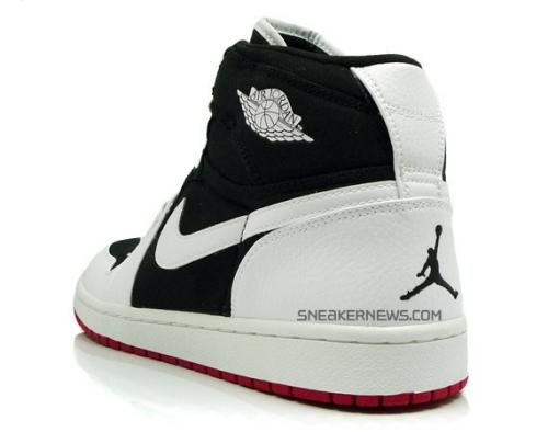 air-jordan-1-high-strap-white-blue-05_convert_20081031004534.jpg