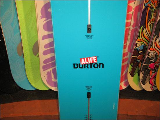 alifeburtonboardmain09.jpg