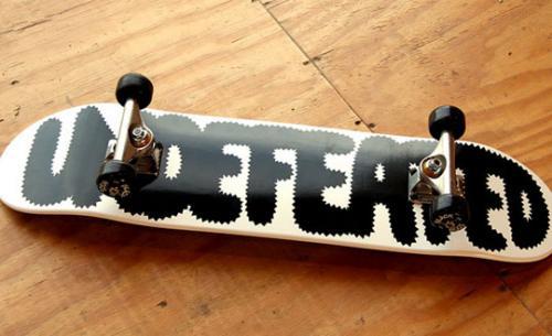 papermag-24h-store-undefeated-geoff-mcfetridge-skateboard-1_convert_20081107020413.jpg