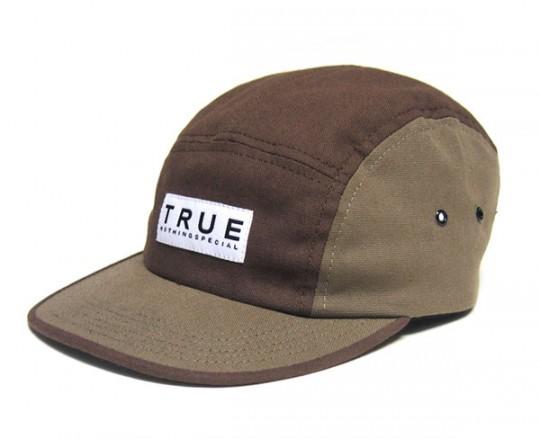 true-hol09-caps-1-540x439.jpg